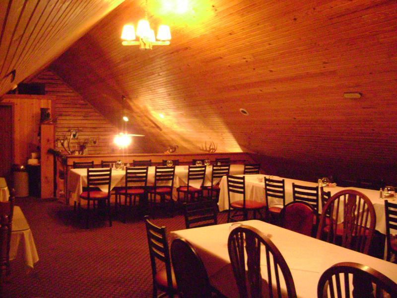 Rustic Oak Cabin Steakhouse Home
